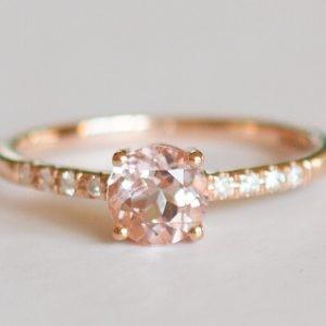 Choosing the Perfect Custom Made Gemstone Ring