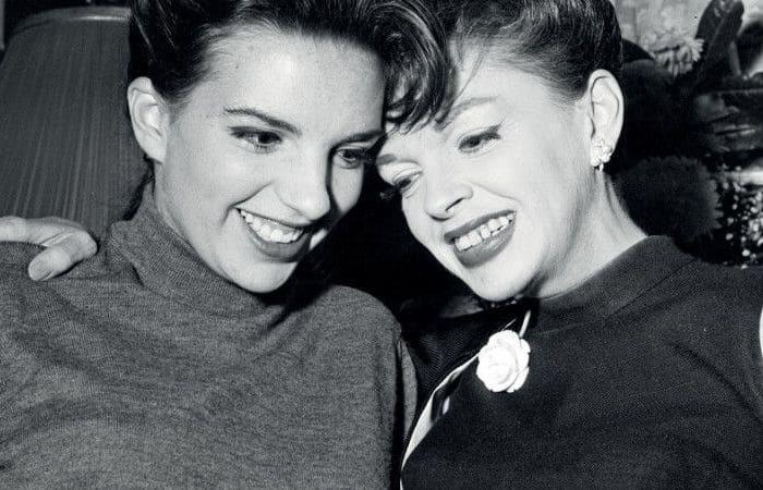 Актрисы Лайза Миннелли и Джуди Гарленд | Фото: focus.ua