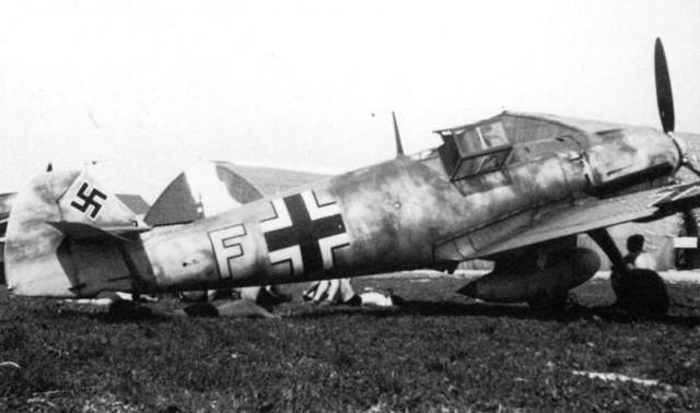 Messerschmitt-Bf-109-F-3-Sch-G1-Yellow-F-Charkov-Area-1942-01