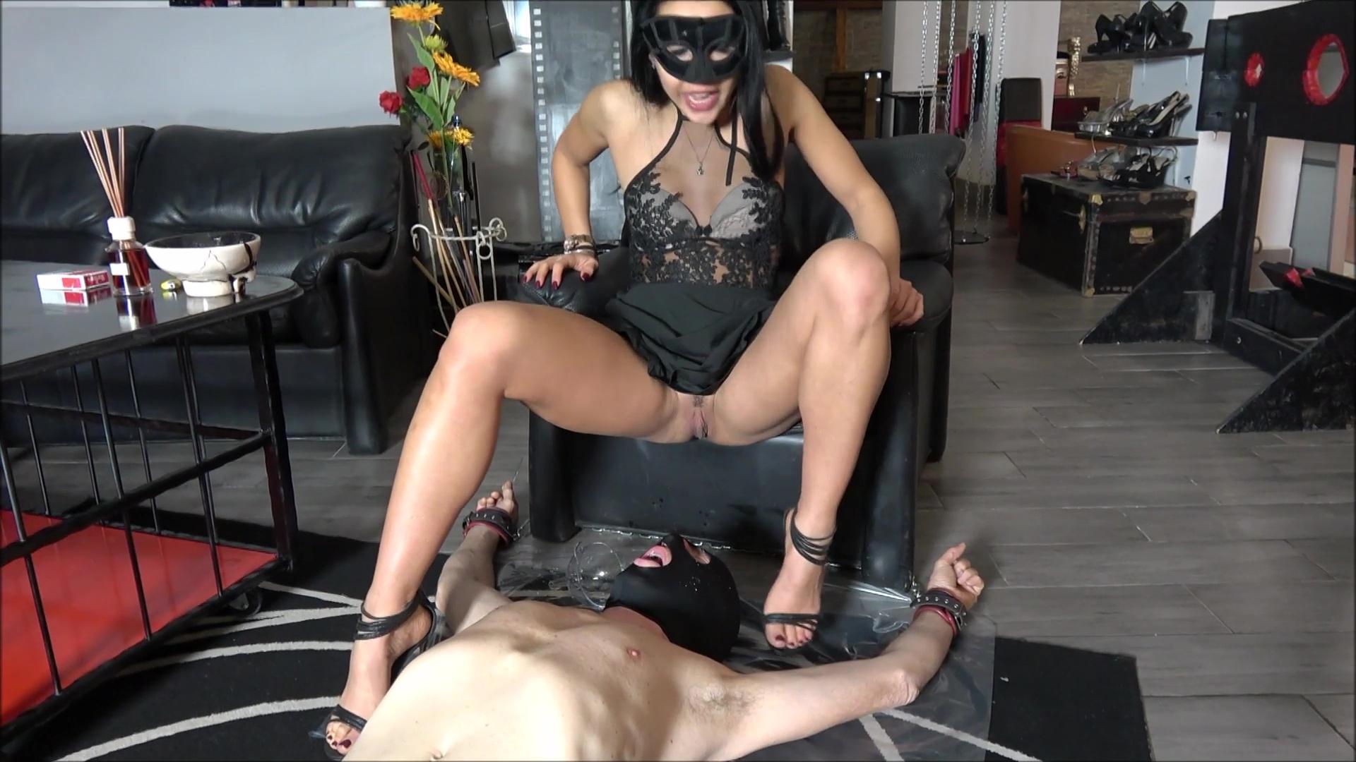 Mistress Gaia - A clumsy toilet slave