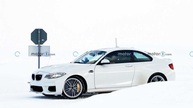2024 - [BMW] I2 A879-A548-BB4-A-4-CE4-860-D-7-DBD992-E8-FE5