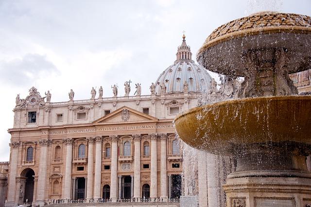 st-peters-basilica-2875093-640