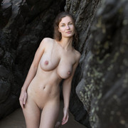 a-flirty-and-playful-susann-sensually-poses-on-the-beach-and-bares-her-gorgeous-tight-body-13-w800