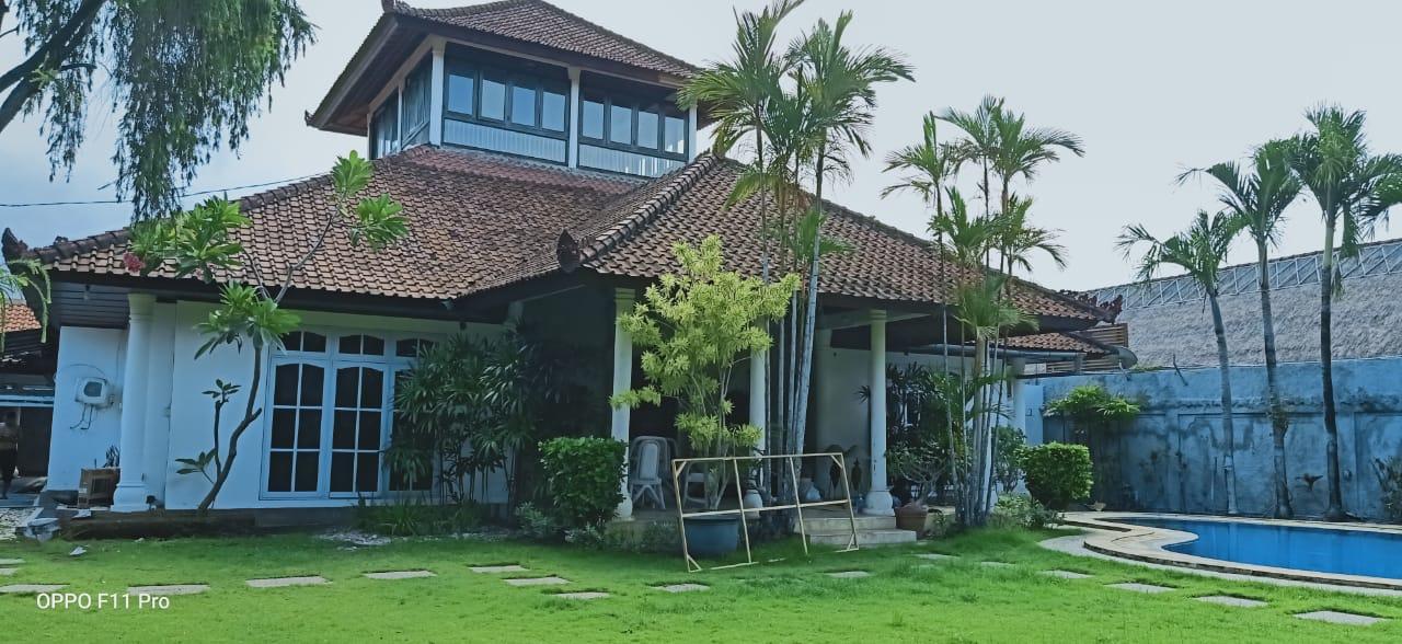 BIG GARDEN HOUSE IN SANUR - DENPASAR - BALI