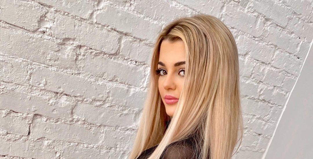 Justyna-Jalowiecka-Wallpapers-Insta-Fit-Bio-11