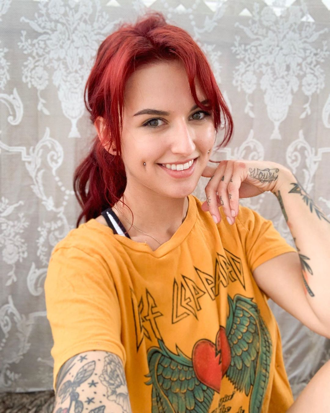 Octavia-May-Wallpapers-Insta-Fit-Girls-2