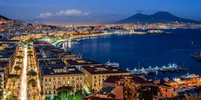 20180911113723 panorama di napoli gettyimages
