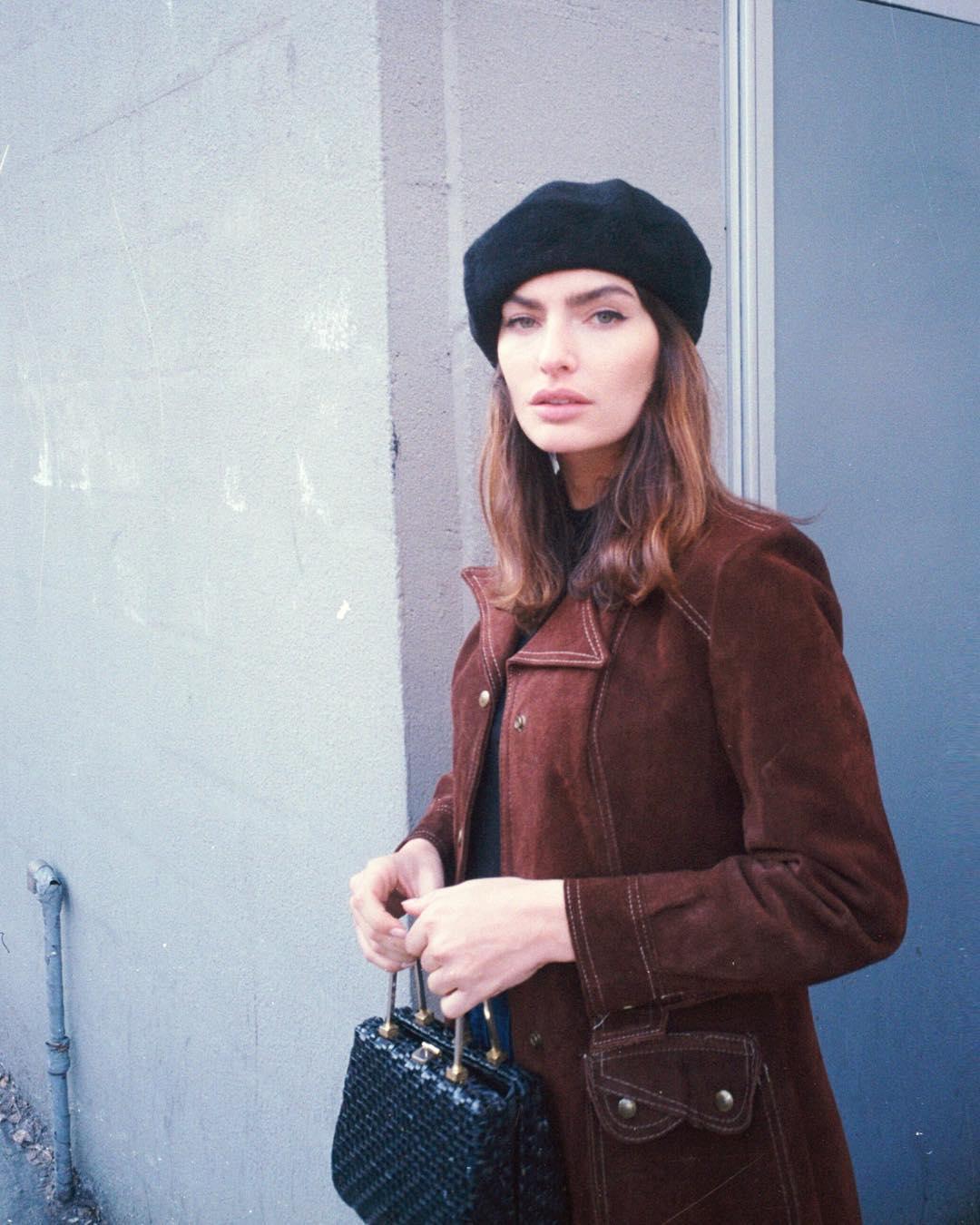 Alyssa-Miller-Wallpapers-Insta-Fit-Bio-6