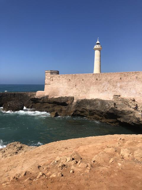 Il Faro in spiaggia a Rabat