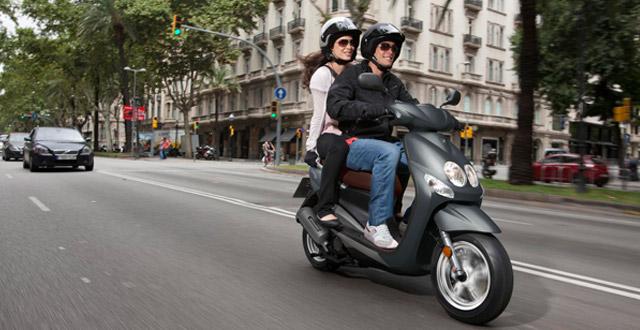 manejo-seguro-moto-consejo-mototec