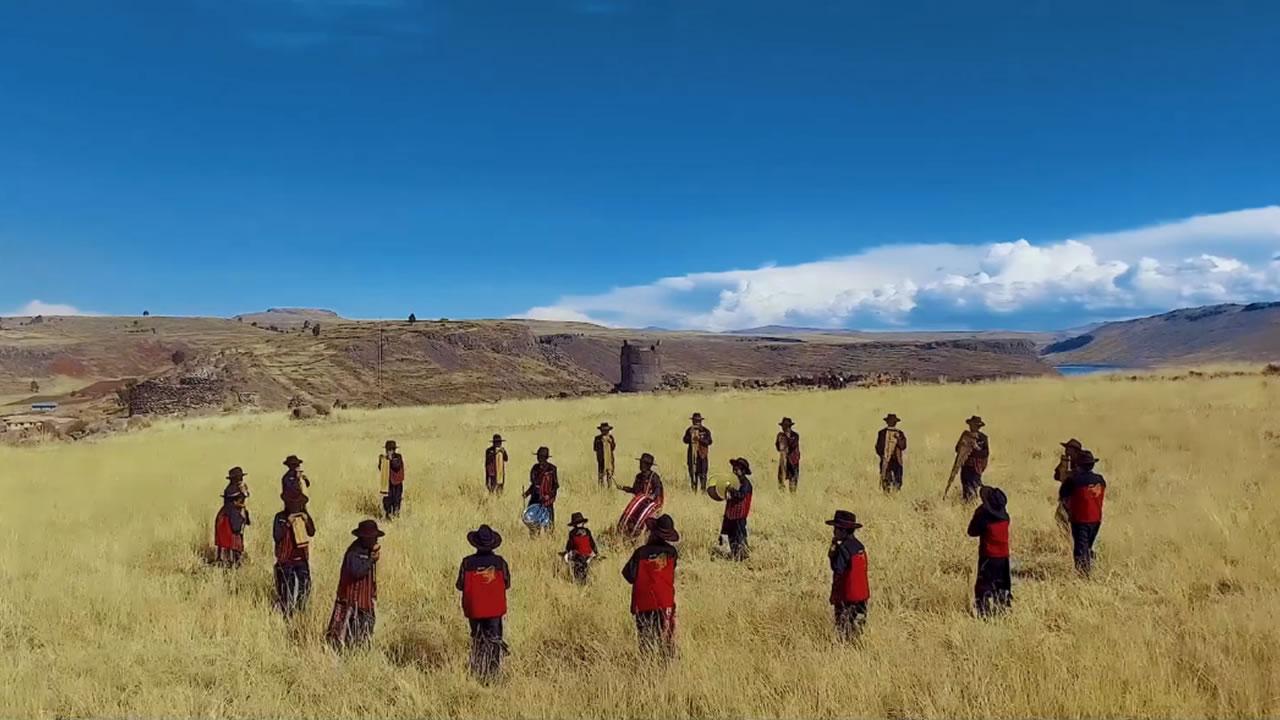 Niñas y niños sicuris de Puno estrenan tema en quechua | VÍDEO