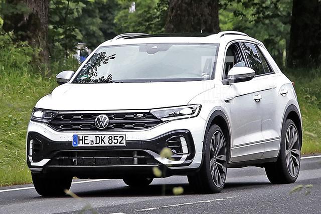 2022 - [Volkswagen] T-Roc restylé  4-FEFAD5-D-489-D-442-E-9-A73-70-C2293392-DC