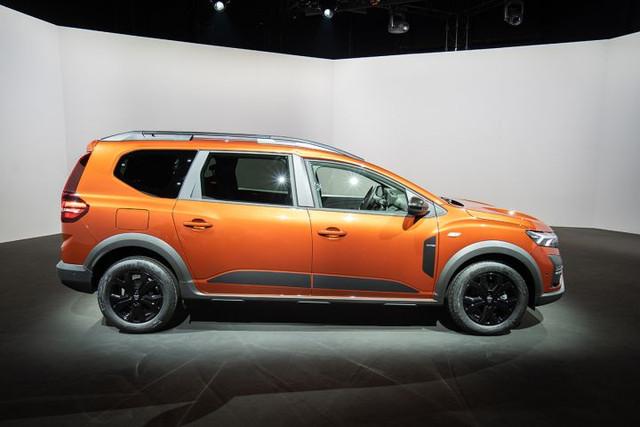2022 - [Dacia] Jogger - Page 7 58-A6-F451-0984-4-FD3-89-A2-6-CC4612-F4617