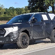 jeep-grand-cherokee-spied-new-copy-1569597322