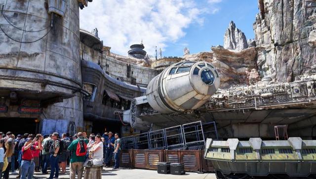 [Disneyland Park] Star Wars: Galaxy's Edge (31 mai 2019) - Page 39 Xxx31