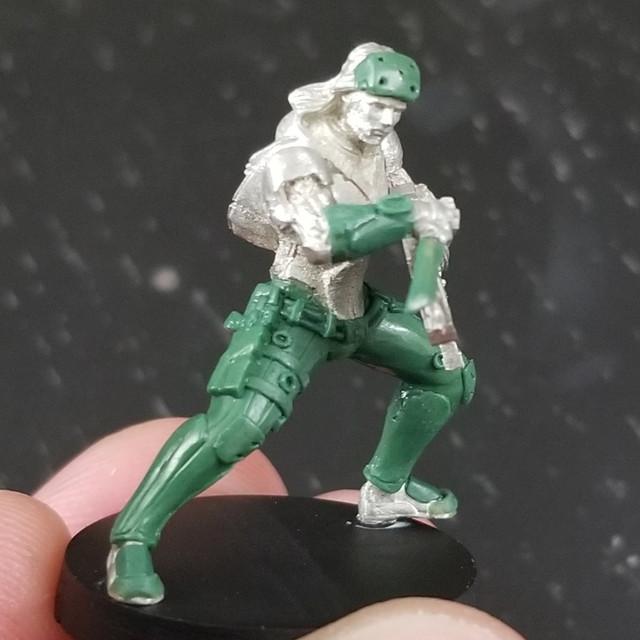 Ryuken-9-SMG-Male