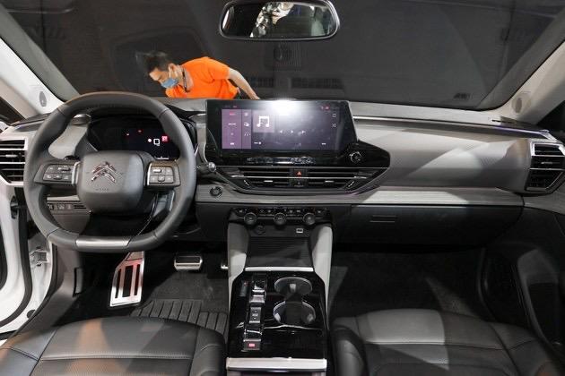 2021 - [Citroën] C5X  [E43] - Page 2 A181-E482-1-B0-F-428-C-A10-C-CEB82-E2-F55-E6