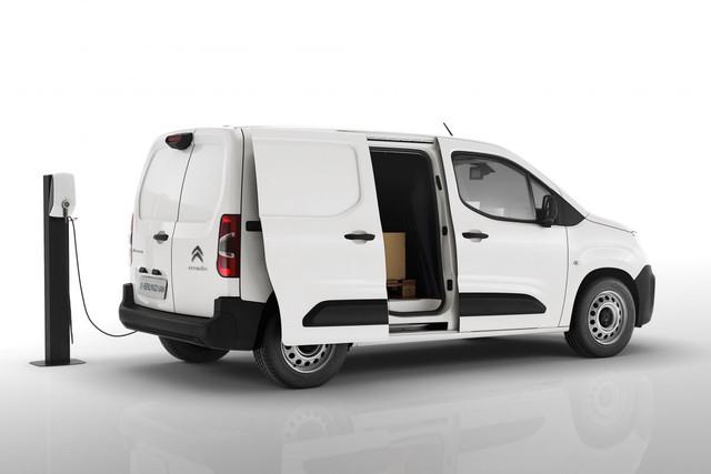 2018 - [Peugeot/Citroën/Opel] Rifter/Berlingo/Combo [K9] - Page 9 192-F7-EFA-48-AA-45-F8-9749-1546-A5-B8-C496
