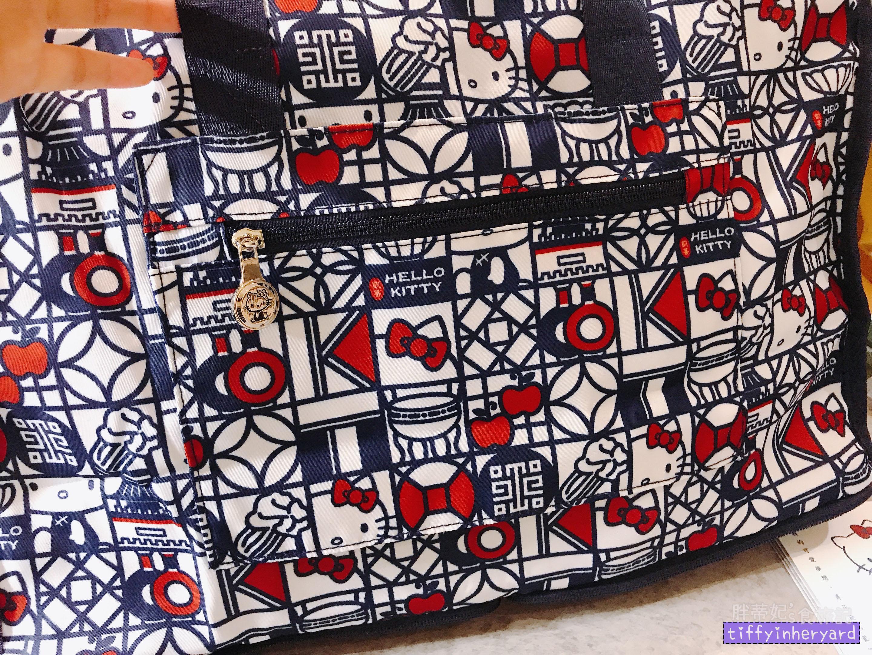 deya 旅行袋 的拉鍊夾層