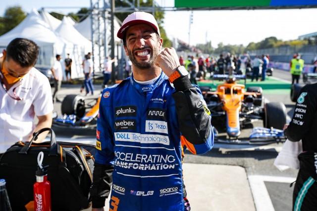 F1 GP d'Italie 2021 : vainqueur Daniel Ricciardo (McLaren) 00121030-111