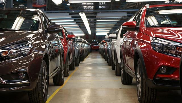 За первые шесть месяцев увеличилось количество корпоративных продаж Lada