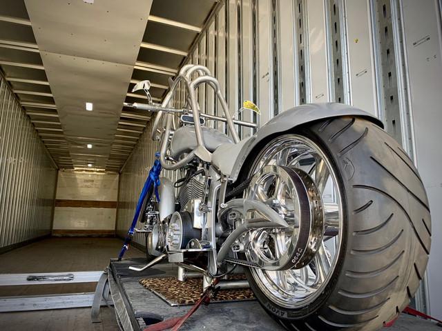shania-vegas-stilltheone-motorcycle-skcauction101519-1.jpg