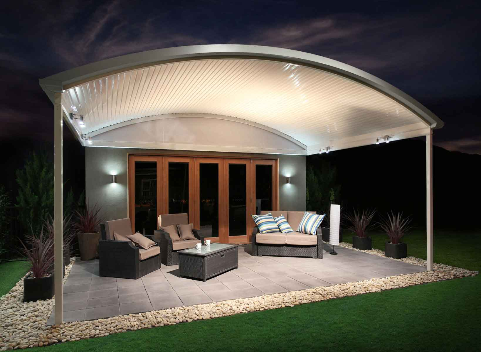Looking for Ways to Optimise your Small Outdoor Space?