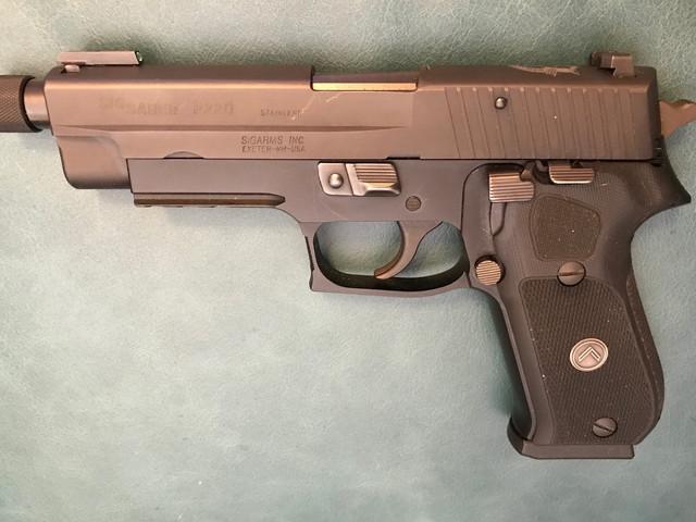 P220.jpg