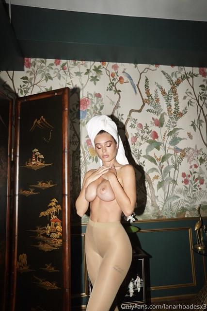 Lana-Rhoades-TG-Packradise-70