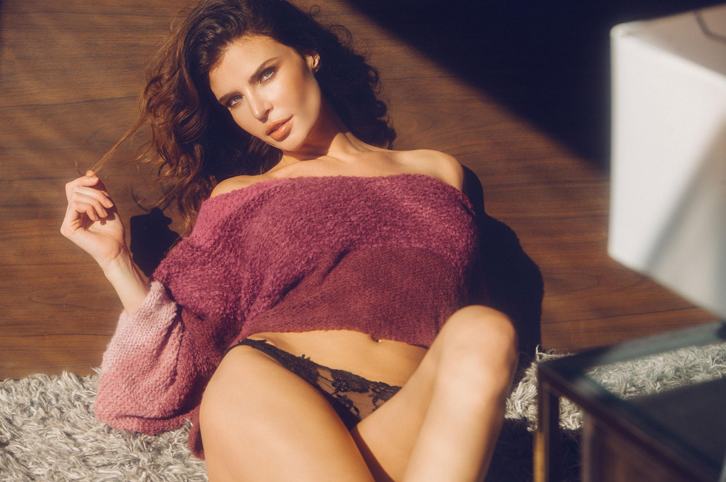 Юлия Лескова в люксовом французском нижнем белье / фото 03