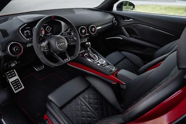 Accent sportif : l'Audi TTS competition plus A208500large-jpg