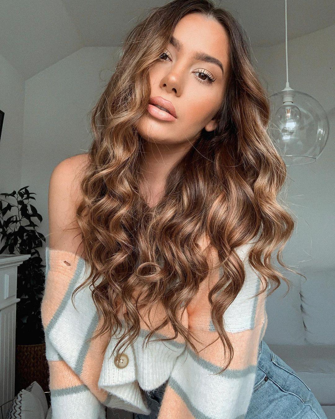 Jelena-Peric-Wallpapers-Insta-Fit-Bio-11