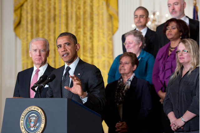 President-Barack-Obama-delivers-a-statement-to-the-press-on-the-economy-in-the-East-Room-of-the-Whit