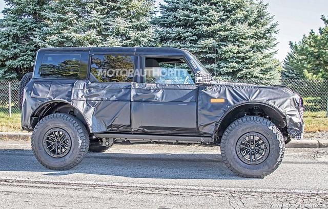 2020 - [Ford] Bronco VI - Page 8 AC7-F4-D20-ED3-E-41-DA-8182-36-A7-B13-BC366