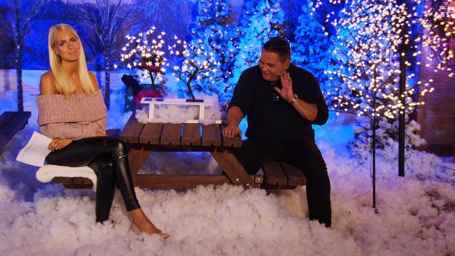 cap-Weihnachtsstimmung-auch-im-Garten-Mit-Anne-Kathrin-Kosch-bei-PEARL-TV-Oktober-2019-4-K-UHD-00-33-40-23