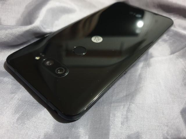 TipidCP com | LG V30 64GB Black KV
