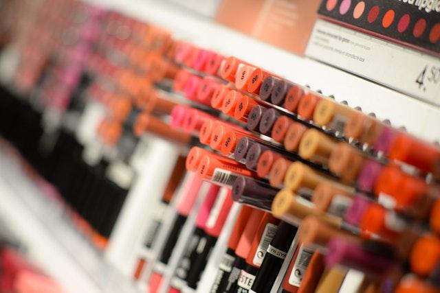 https://i.ibb.co/2FP5mZ5/your-own-label-cosmetics.jpg