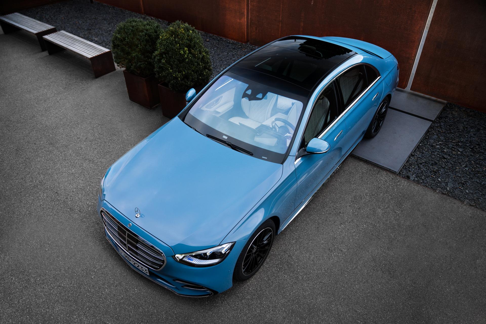 2022-Mercedes-Manufaktur-Label-11