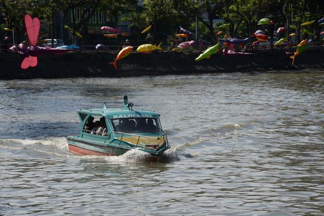201900608-HABIB-wisata-perahu-kalimas3