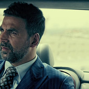Airlift-2016-095