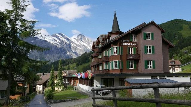 Piz Gloria and James Bond 007: Licence to Chill in Schilthorn, Switzerland