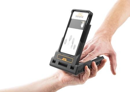 LIVETOUCH-Flipcase-mobile-connection-between-mobile-phone-and-fingerprint-reader
