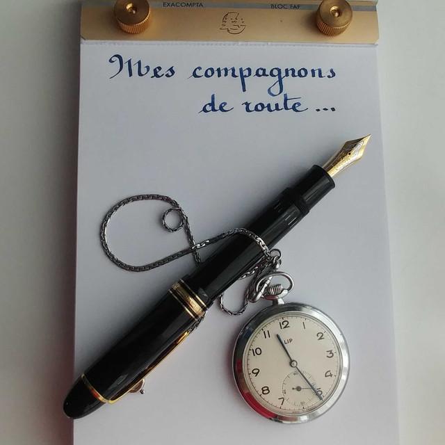stylo-sur-montre2.jpg