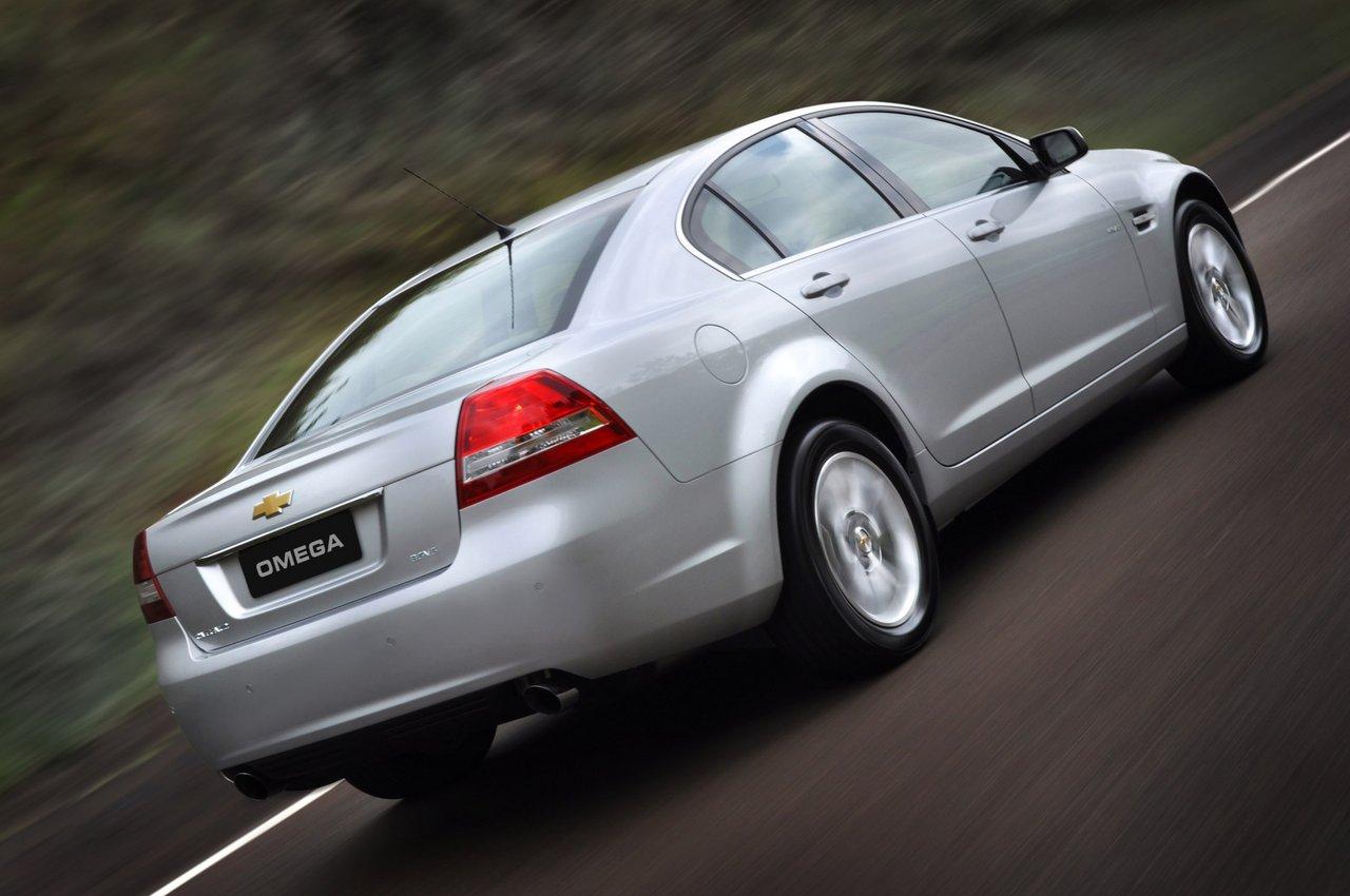 [Imagen: Chevrolet-omega-fittipaldi-3.jpg]