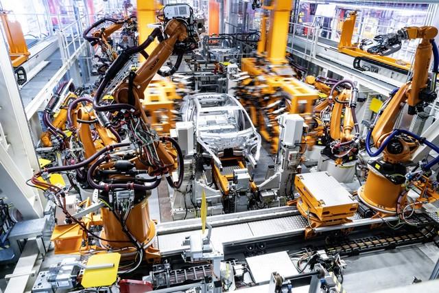 L'Audi e-tron GT entre en production : la production neutre en carbone commence à l'usine de Böllinger Höfe A206041-medium
