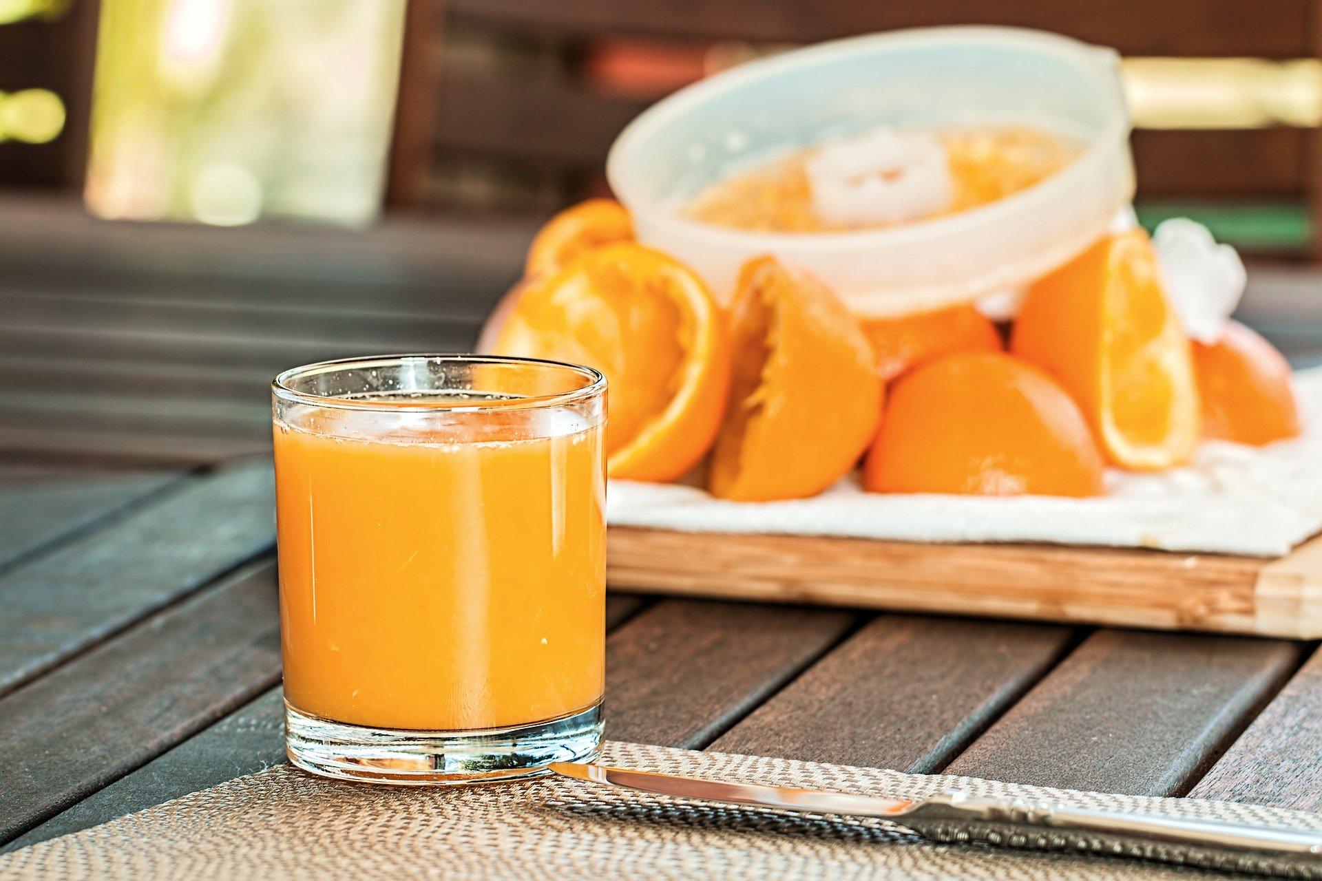 fresh-orange-juice-1614822-1920-1