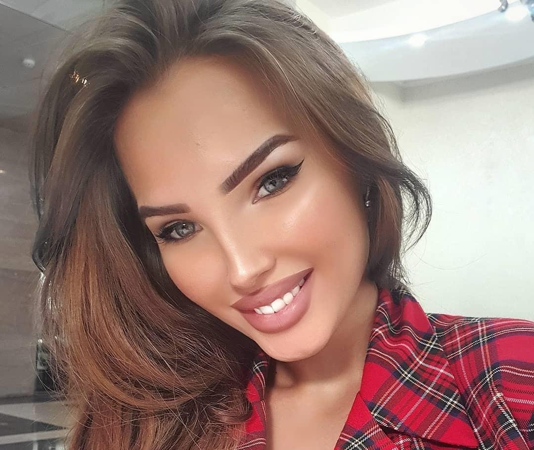 Elizaveta-Berejnaya-Wallpapers-Insta-Fit-Bio-Miss-elizabeth-sol-Wallpapers-Insta-Fit-Bio-8