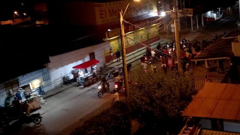 Montería | En 30 segundos robaron a una mujer. Accidente tiene a dos motociclistas en UCI - Noticias de Colombia