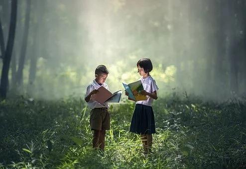 Jeśli chcemy dodać prestiżu naszemu dziełu genialna zostanie twarda oprawa książki.