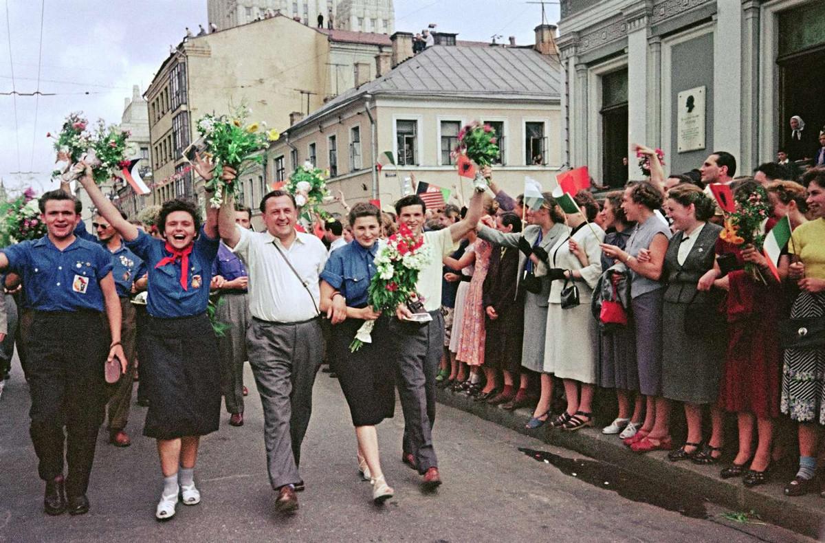 festival molodezhi studentov Moskva 1957.jpg 8